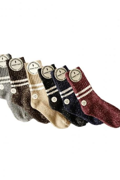 Women's 3 Pairs Thicken Snowflake Pattern Stripes Crew Socks