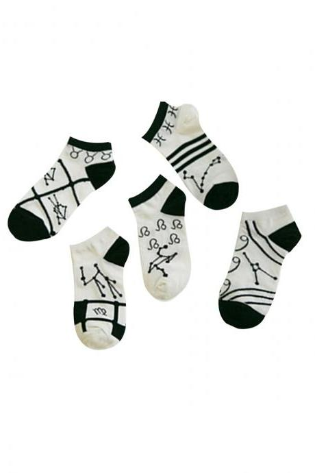 Women's 5 Pairs Gift Box Black-And-White Constellation Causal Ankle Socks
