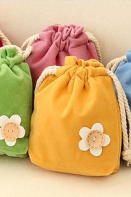 Fresh Creative Pull-out Candy Colored Little Hand Bag